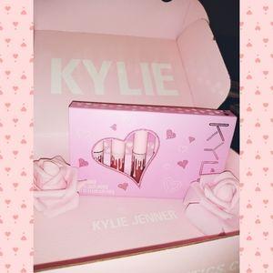 Brand New Kylie cosmetics liquid lipstick set